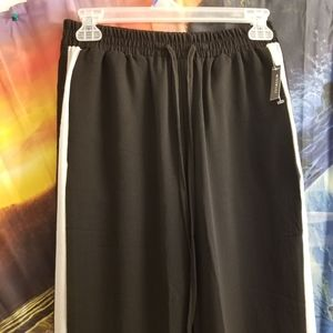 Athletic Pant By Miss Lili Size Small (NWT)